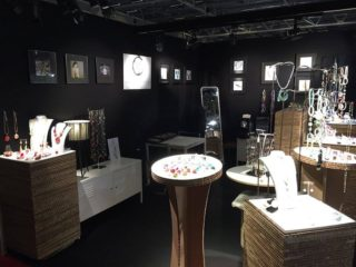 Zanvettori jewelry Bjorhca stand